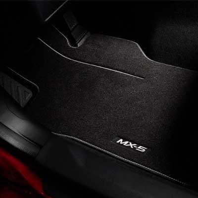 Dywaniki welurowe Luxury MAZDA MX-5 ND NB0DV0320A
